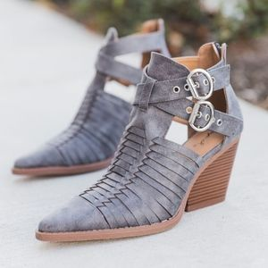 Shoes - PETYON Buckle Bootie - GREY